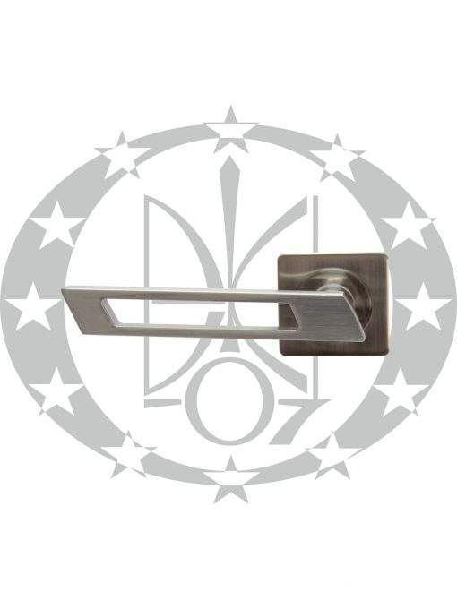 Ручка дверна Gamet FINESTRO DH-92A-24Z-07-KW-BL розета